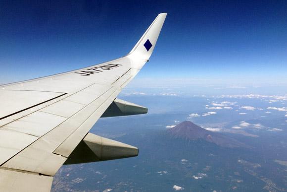 スカイマークより眺める富士山。
