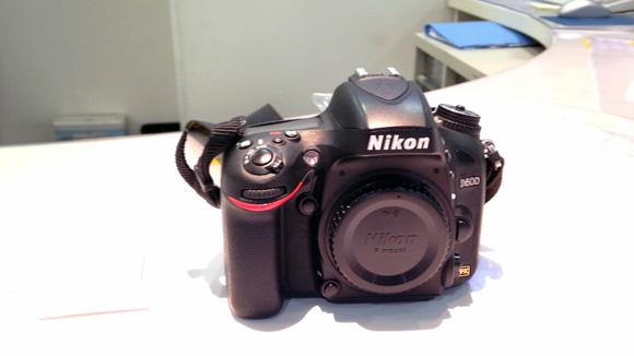Nikon D600 修理前の姿