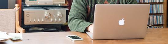 円安で値上げする前にMacBook Pro 15インチを買いました。どこにいても全ての作業ができる環境に!