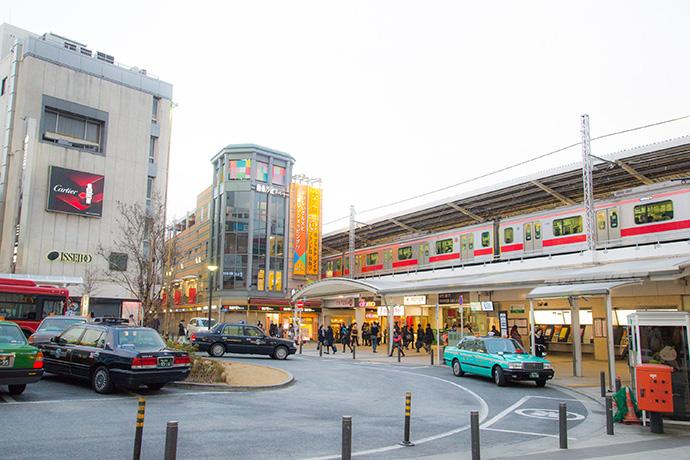 東急東横線「自由が丘」駅前ロータリー