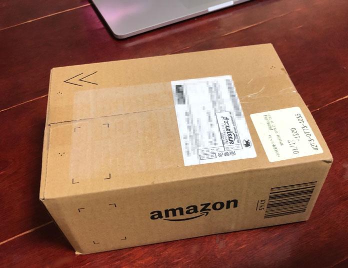 Amazonから届いた段ボール箱