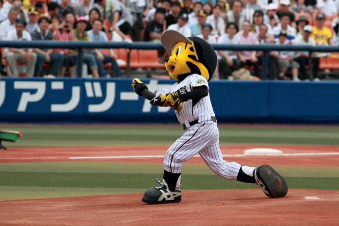 阪神タイガースのマスコットキャラクター トラッキー