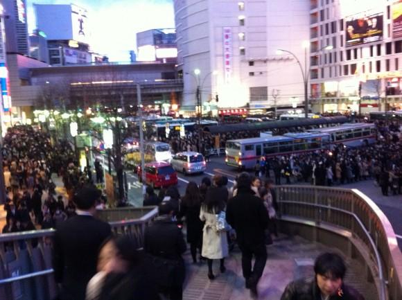 渋谷駅西口 歩道橋より
