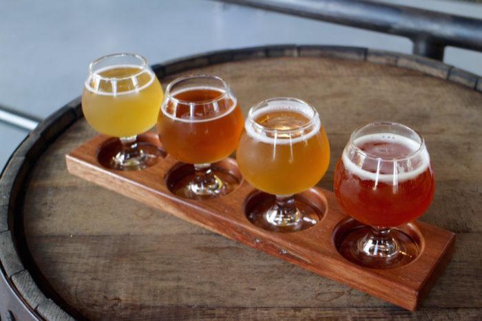 ビールの飲み比べ(4種)
