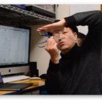 シザー式キーボードの構造をハサミを使って説明